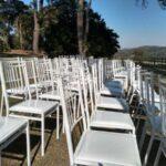 Cadeiras de ferro branca para locação