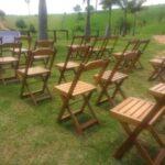 Cadeiras de madeira para locação