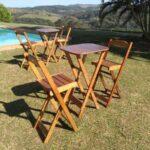 Mesa e cadeiras modelo bistro