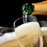 tacas-de-champanhe-e-vinhos-espumantes-para-eventos