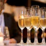 tacas-de-champanhe-e-vinhos-espumantes-para-festas
